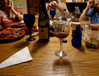 5 Alternatives to Screaming at Family on Thanksgiving